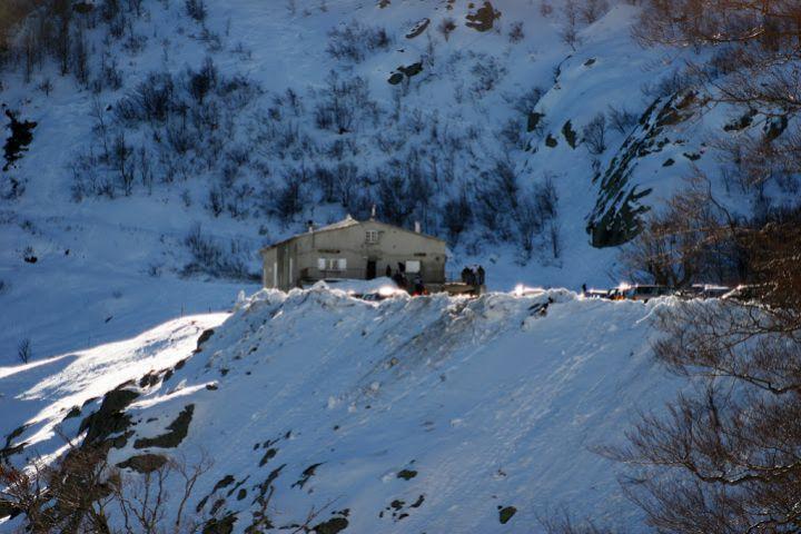 Seit 1975 bringen zwei Lifte am Fuße des Monte Renoso Skibegeisterte auf 1840 Meter Höhe.
