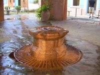 Nicht nur die Edelkastanie, auch ein Mineralwasser hat die Castagniccia bekannt gemacht